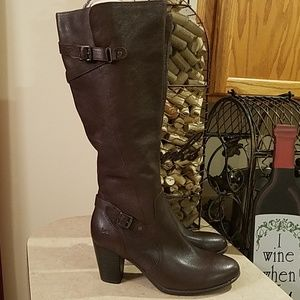 B.O.C leather boots size 8.5 NWOT